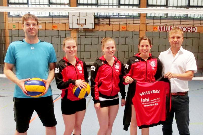 Die Volleyball-Damen danken neuem Sponsor